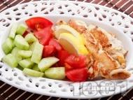 Печени пилешки бонфиленца на тиган със свежа салата